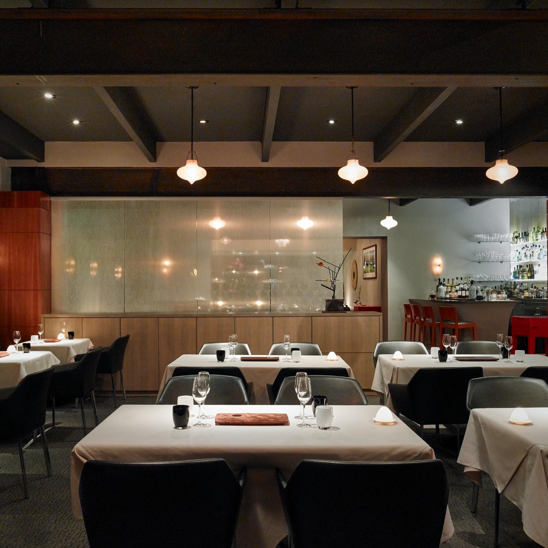 manresa_dining_room_nick-vasilopoulos_w.jpg