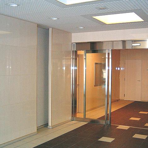 entrance2-4-4.jpg