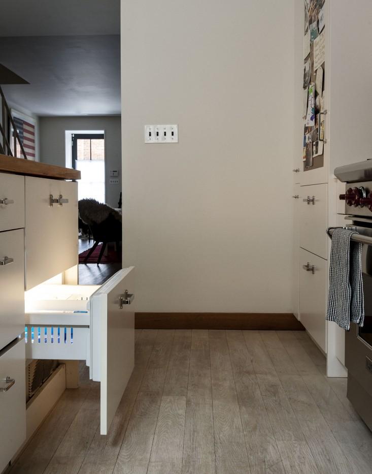 Cobble-Hill-duplex-by-Oliver-Freundlich-freezer-Remodelista_0.jpg
