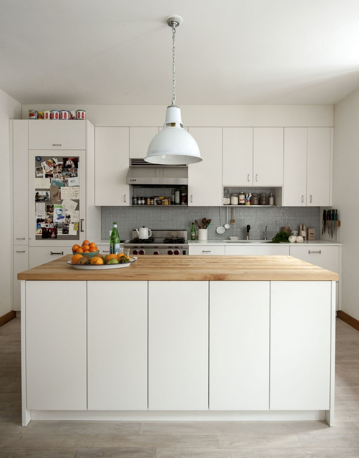 Cobble-Hill-duplex-by-Oliver-Freundlich-kitchen-2-Remodelista_0.jpg