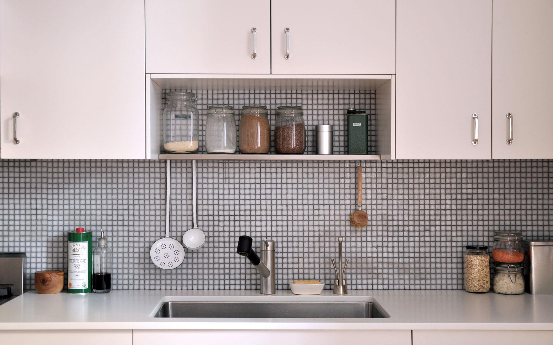 Kitchen-sink-detail_HP.jpg