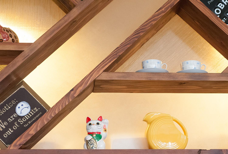 Ghia-Service-Window-Shelf.jpg