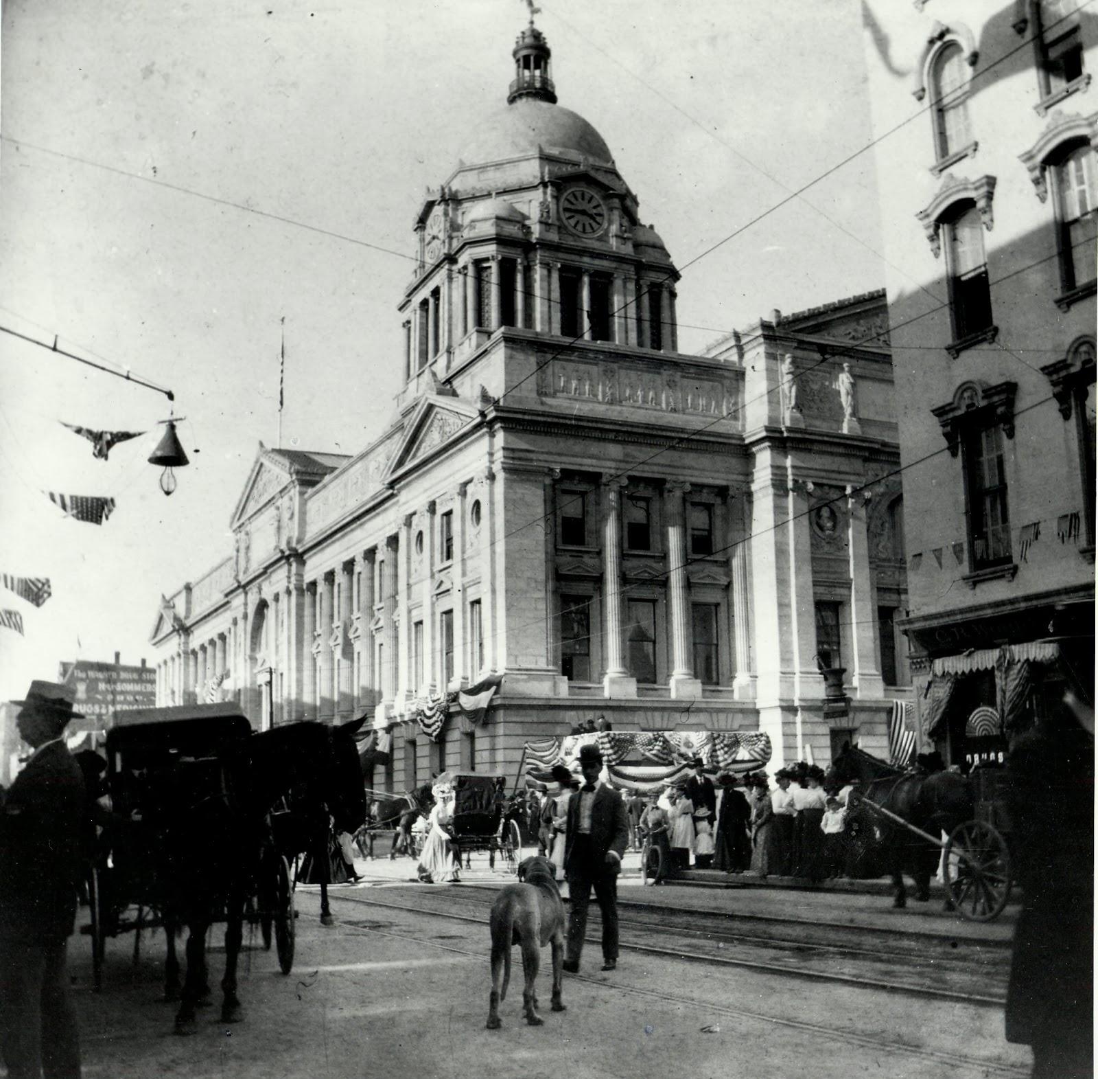 Allen County Court House Between 1902 - 1908.jpg