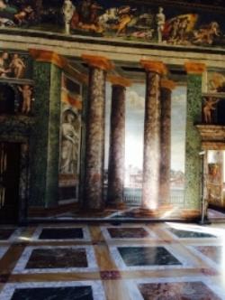 Villa Farnesina6.jpg