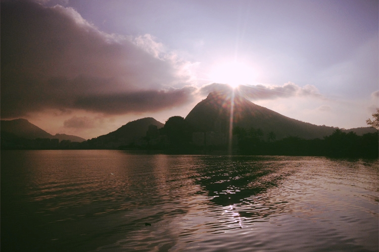 Morning run to catch the sunrise over the Lagoa.