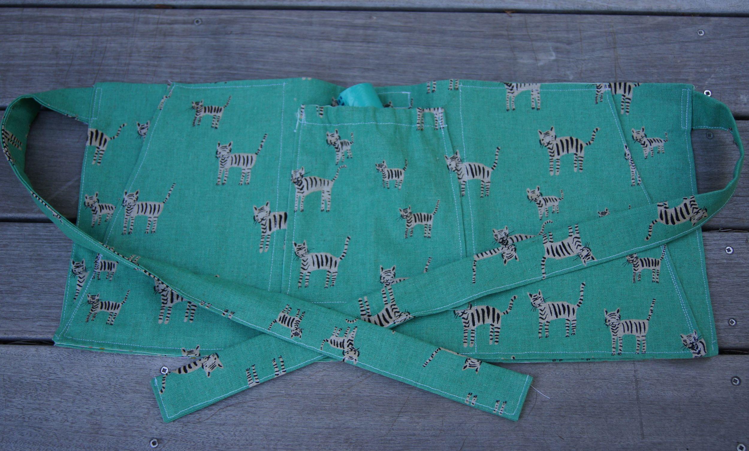 "Dog Training Apron Cotton + Steel ""Tiger Stripes"""