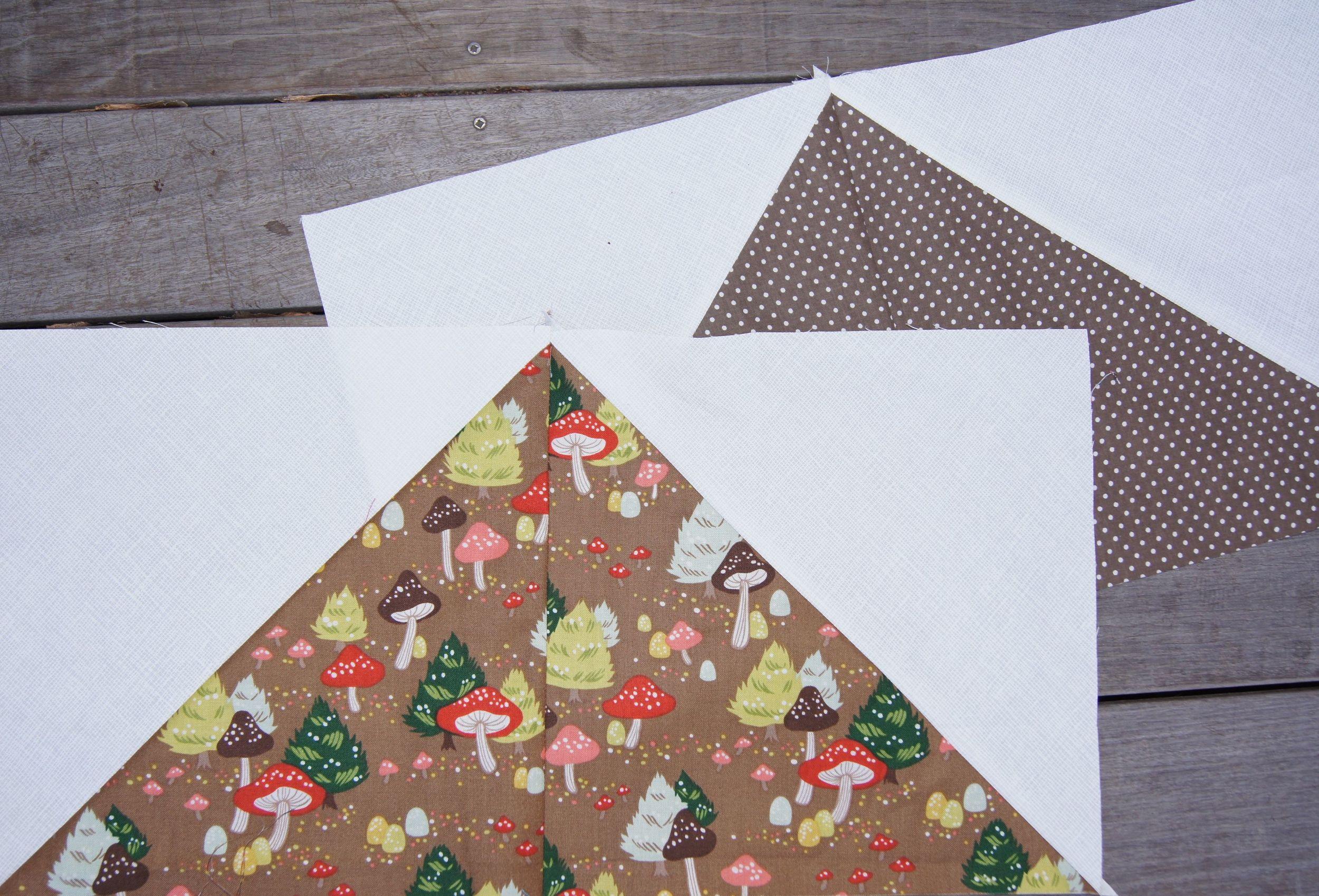 Quilt European Christmas triangle block.jpg