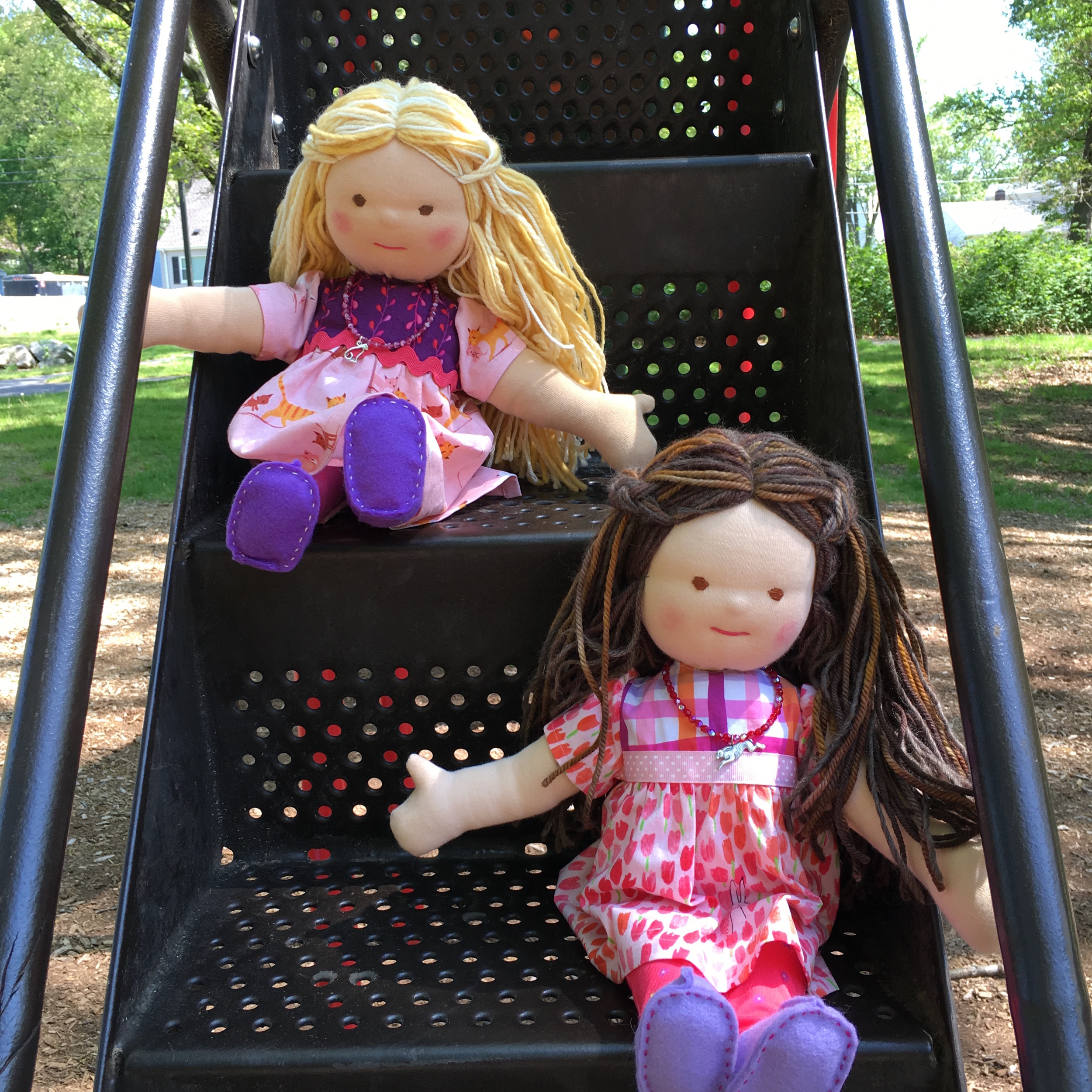 Doll Twins Brunette and Blonde.jpg