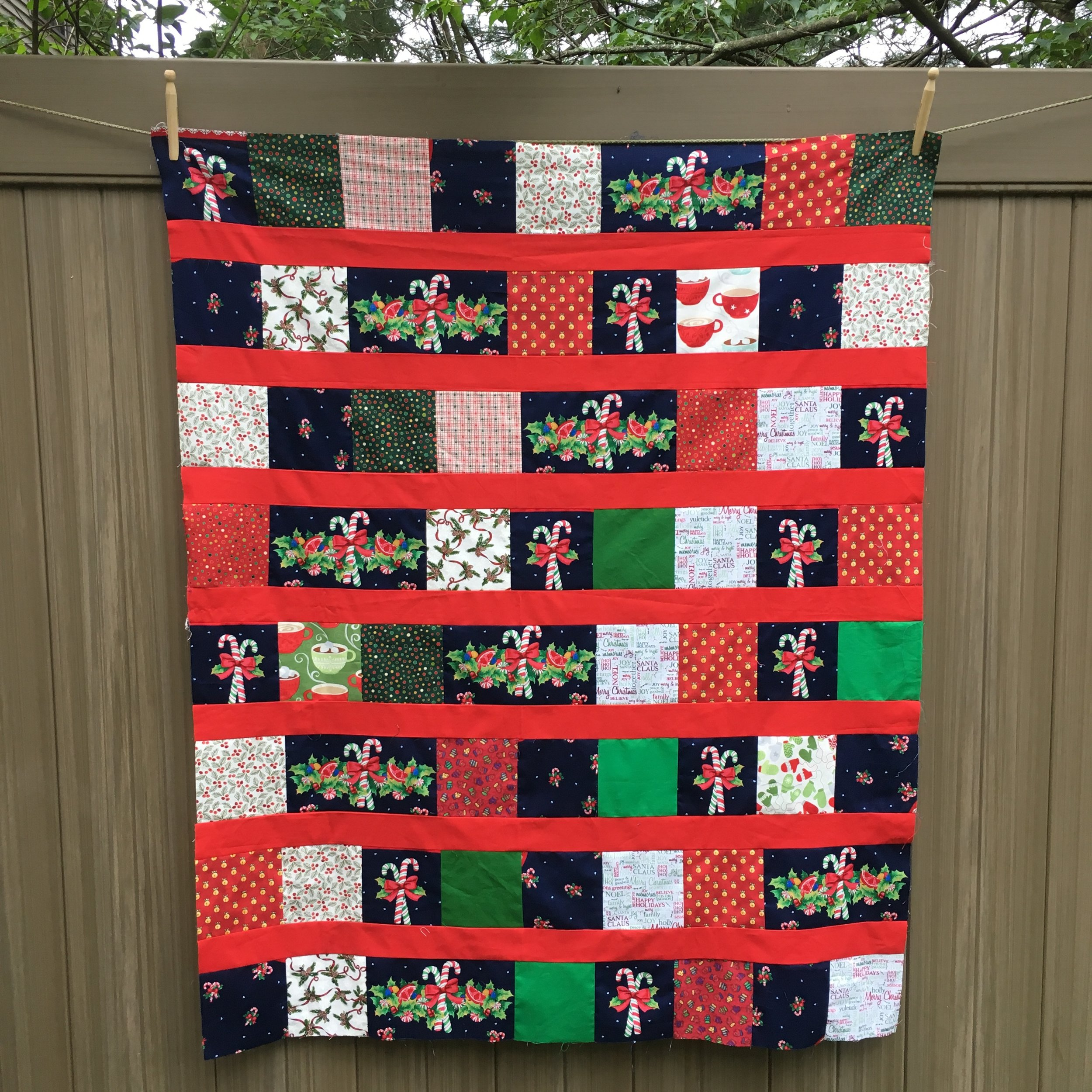 Lap size Quilt top approx 40 x 50 inches