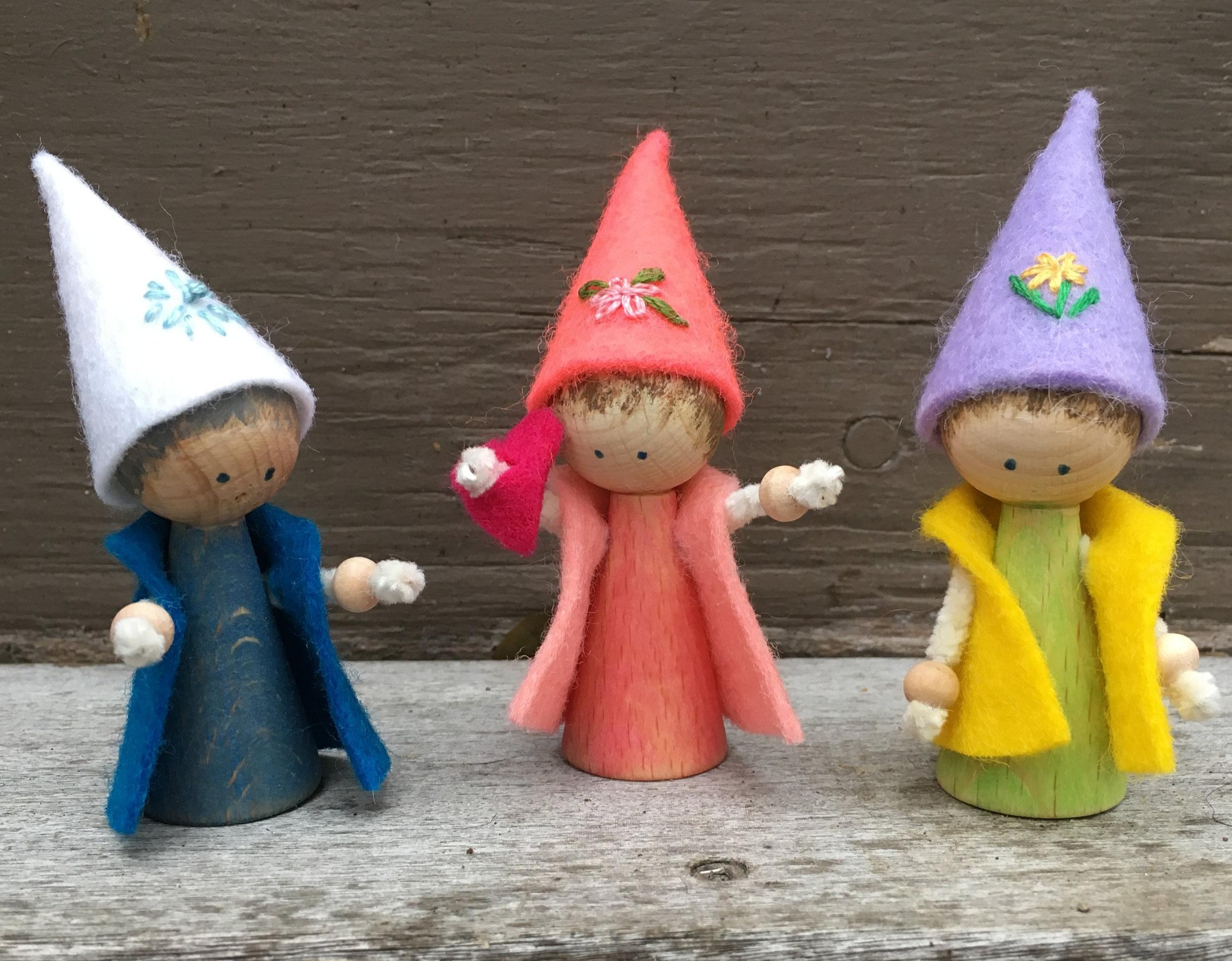 Peg Gnomes: Snowflake, Valentine and Dandelion