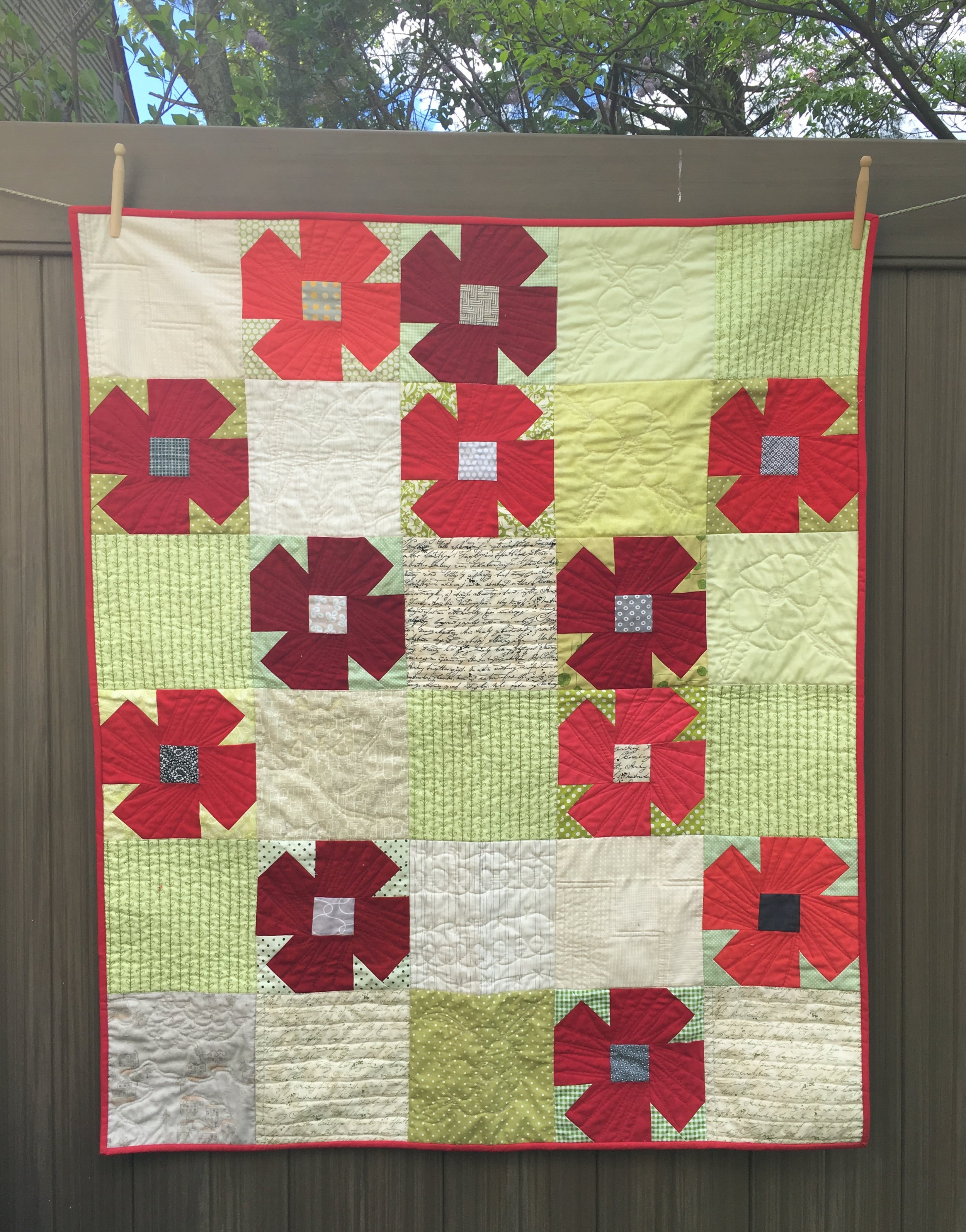Poppy Quilt, 39.5 x 47 inches