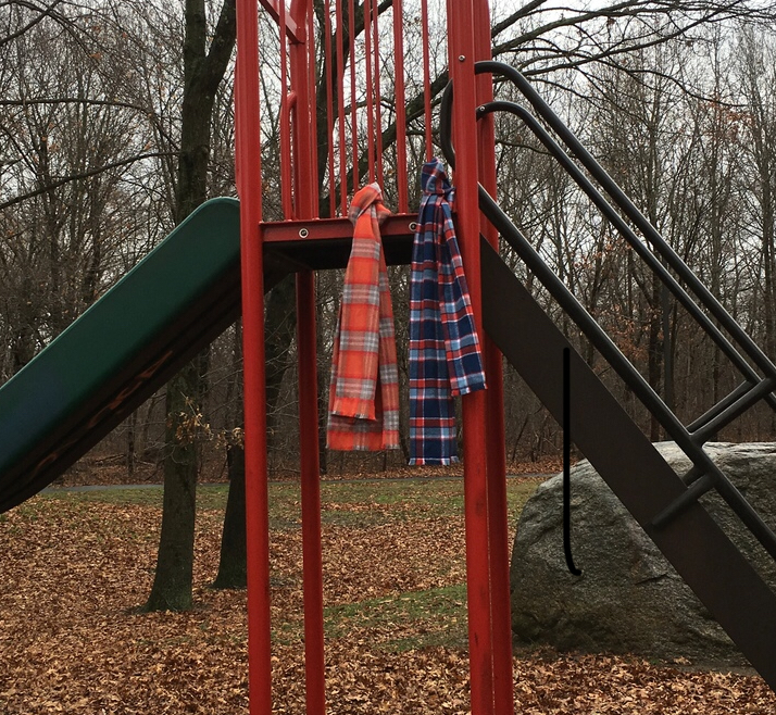 Double Layer Scarves Using Mammoth Flannel . (Click link to open tutorial)
