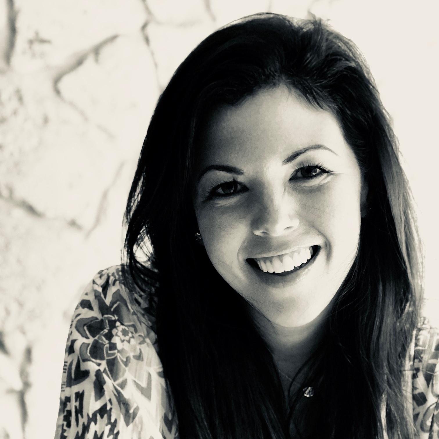 Lauren Dawson  Artist. Painter & Sculptor. Joy Seeker!   www.LaurenFaithDawson.com    @laurenfaithdawson_art