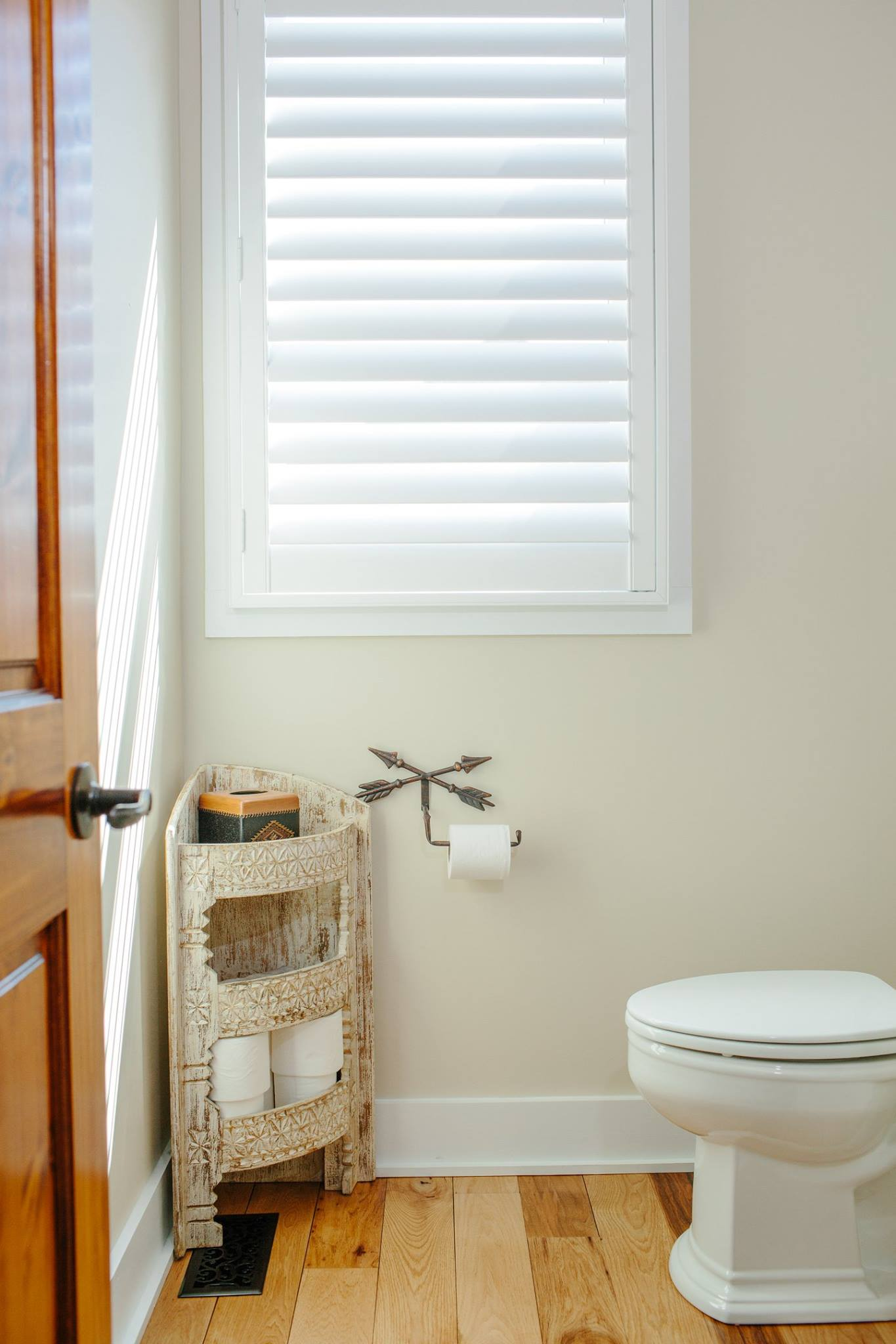 Bathroom Modern Plantation Shutter