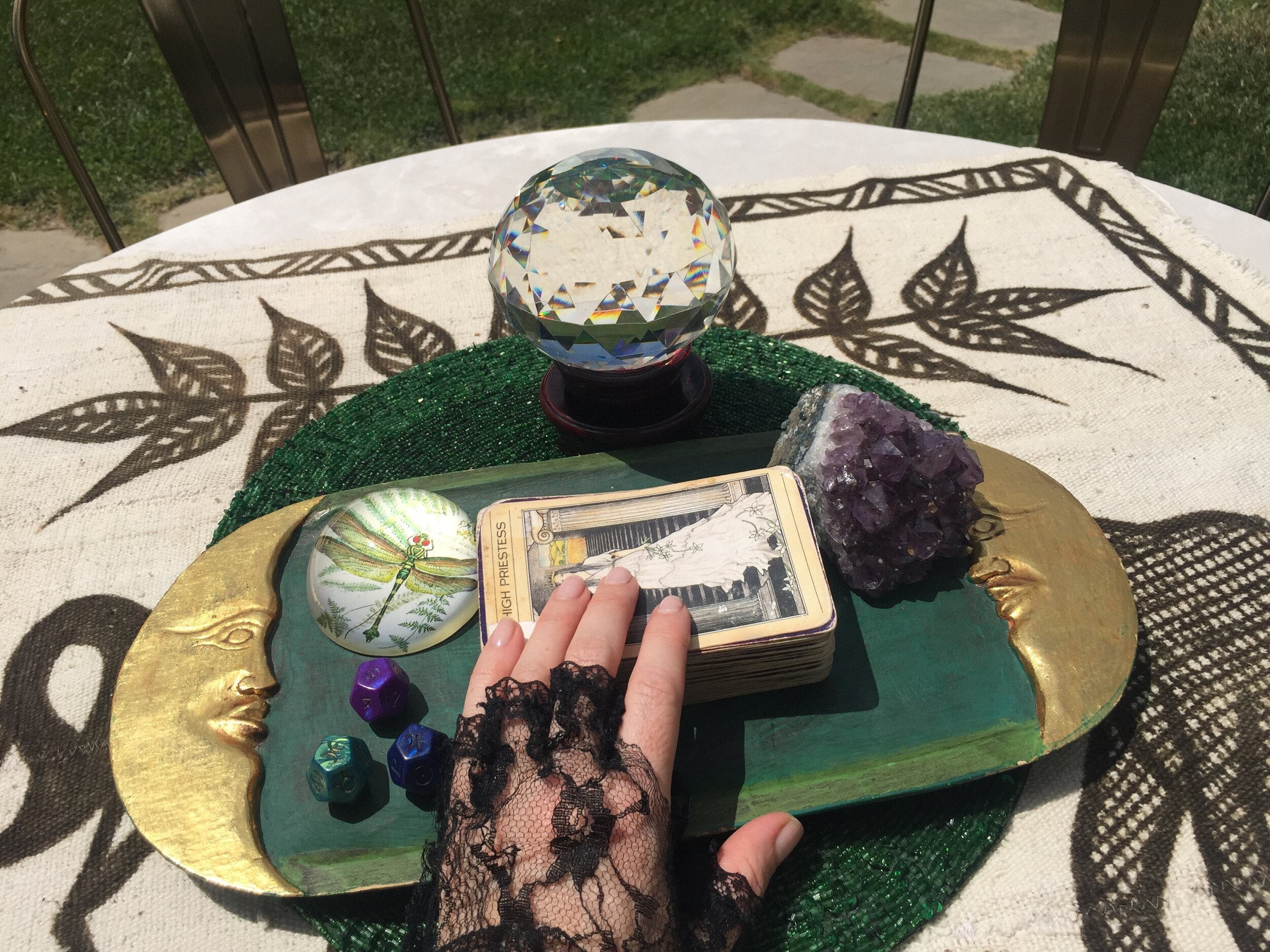 Tarot Readings for Individuals - Questions + Answers for the High Priestess in Everyone