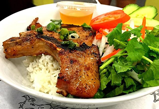 Yum!😍 Introducing our limited time weekend special, the Vietnamese Pork Chop dish! (Thit Nuong) It comes with 2 pieces of porkchop, rice, veggies, and soy or fish sauce. Run in before we're out!🍚🏃🏽