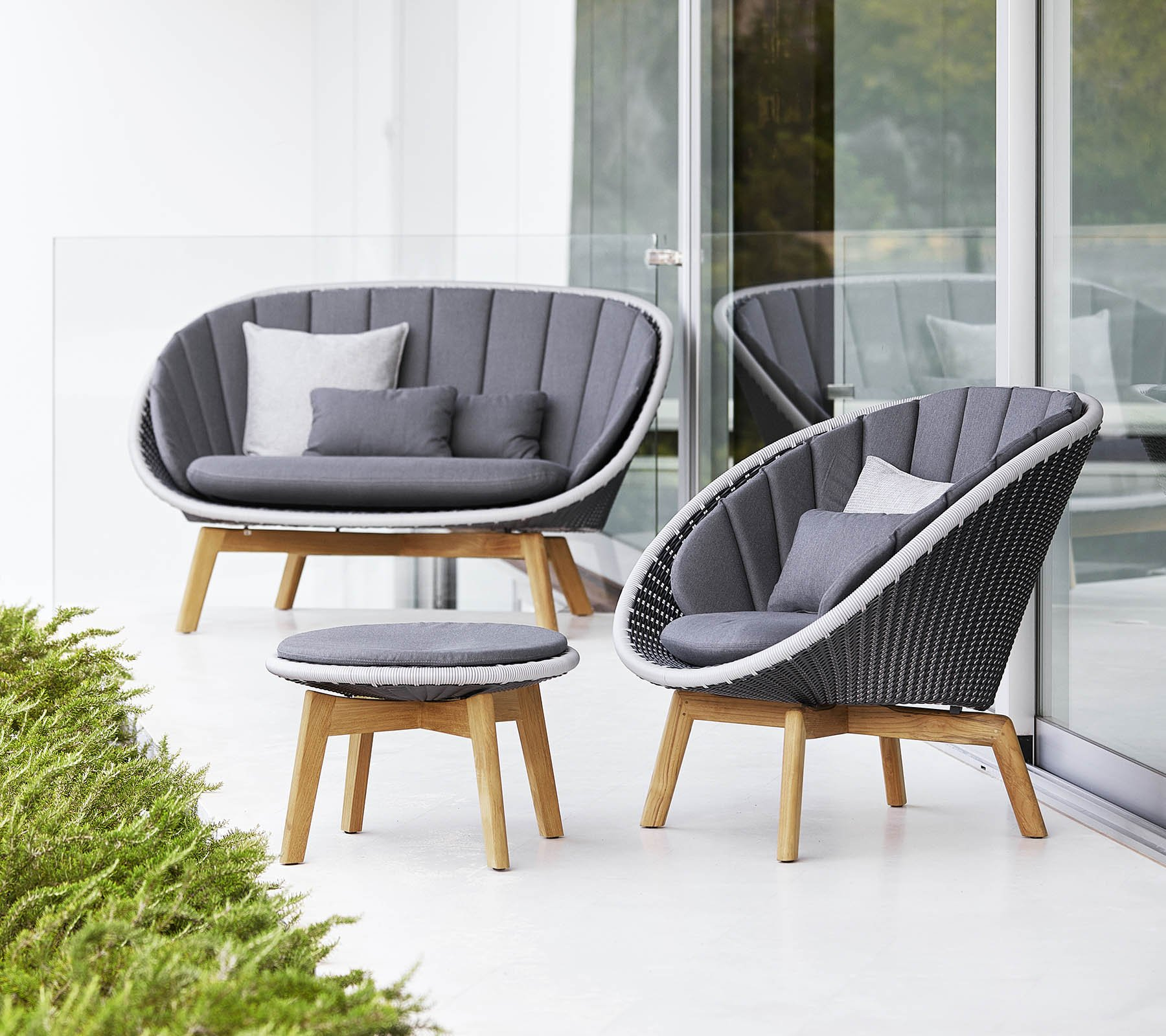 Peacock Lounge Collection in Grey