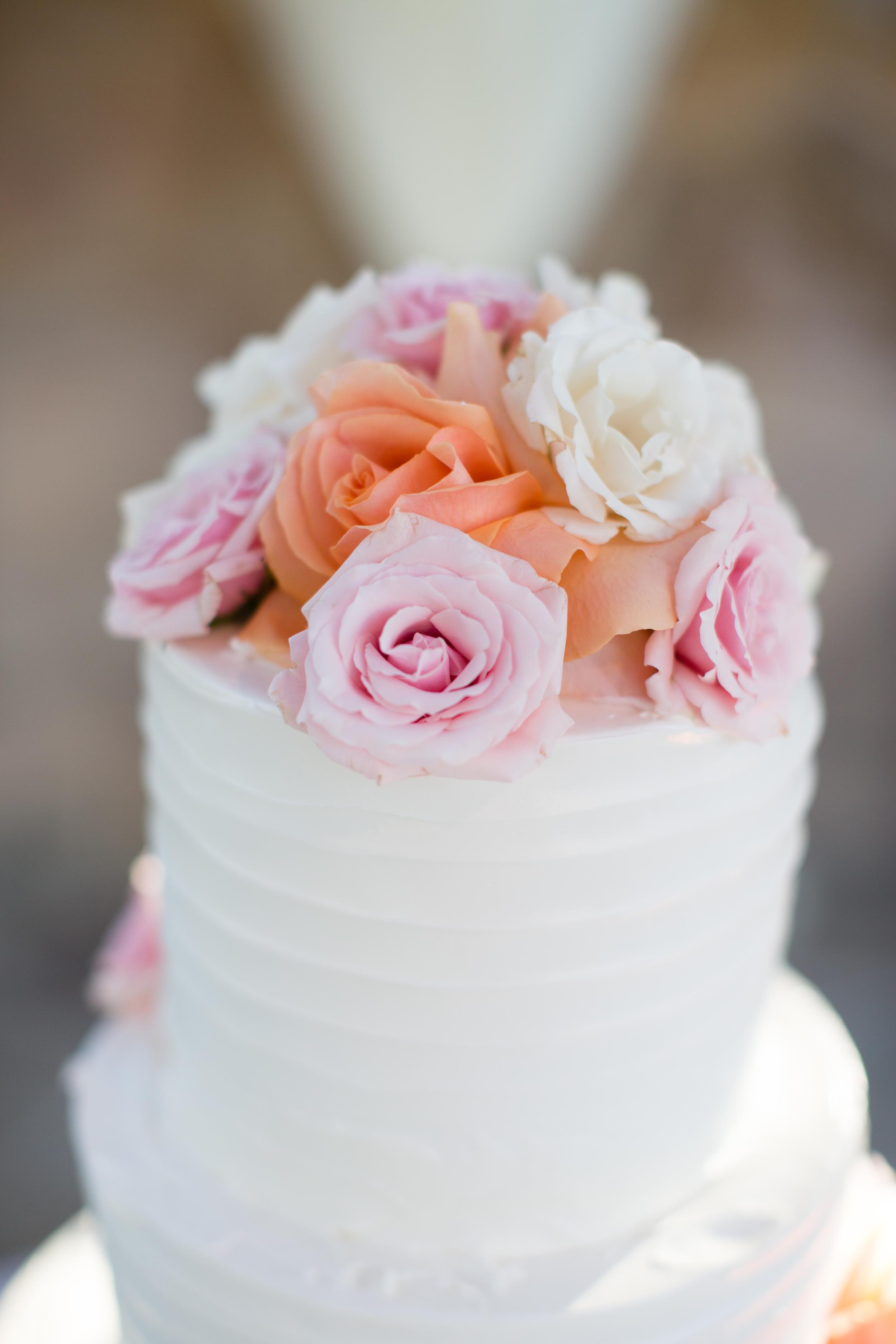 pinterest-cake-simple-elegent-cutter-cream