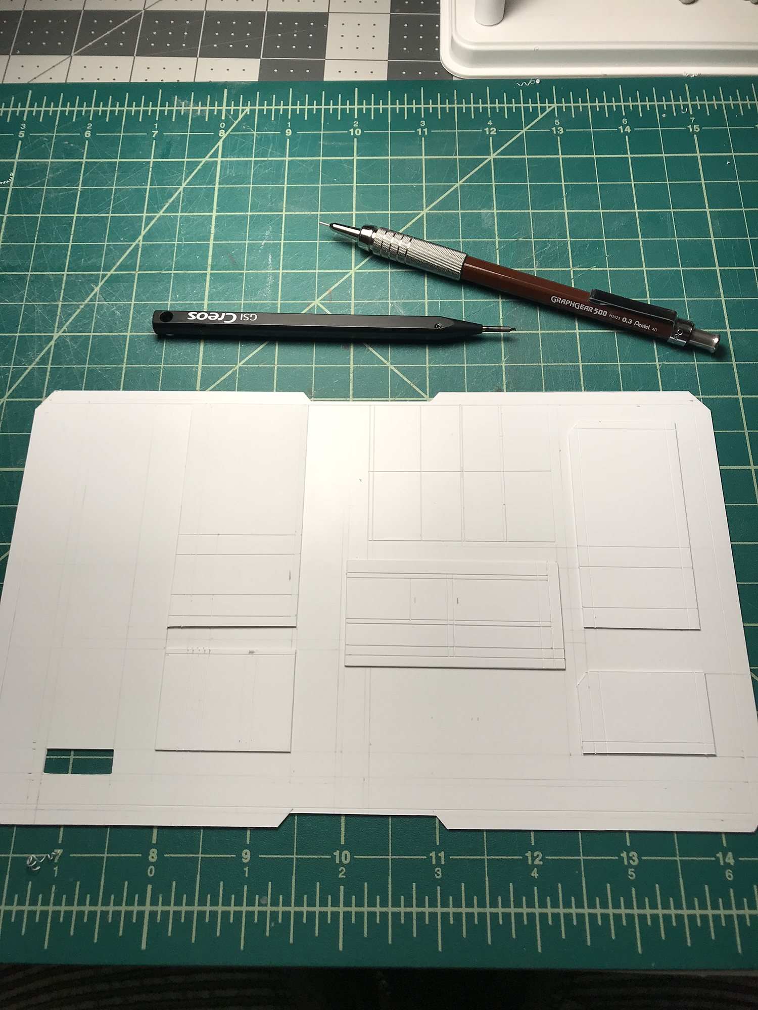 CUSTOM PANELS - Panel lines and scribing
