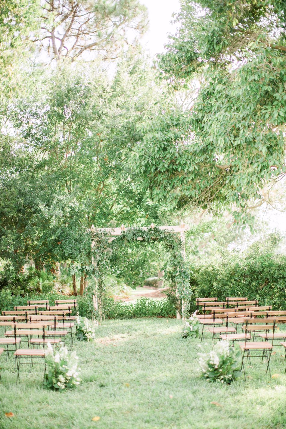 Organic-private-residence-Englewood-Florida-Wedding-Hunter-Ryan-Photo-Elleson-Events_1092.jpg