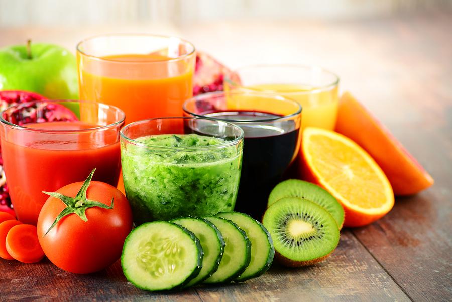 5 glasses fruit vegetable detox juice