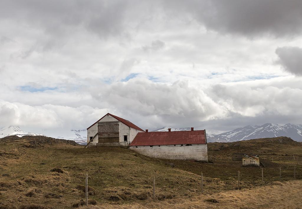 Hvitarvellir, Iceland