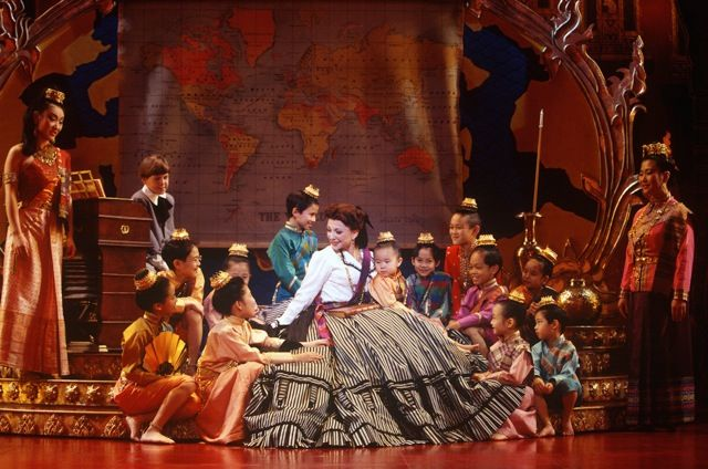 Donna Murphy and the 1996 revival cast of  The King and I.