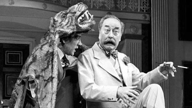 Robert Lindsay and Frank Thornton in  Me and My Girl