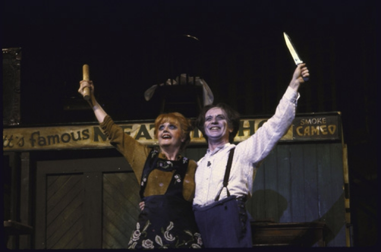 Angela Lansbury and George Hearn in the famous pose.