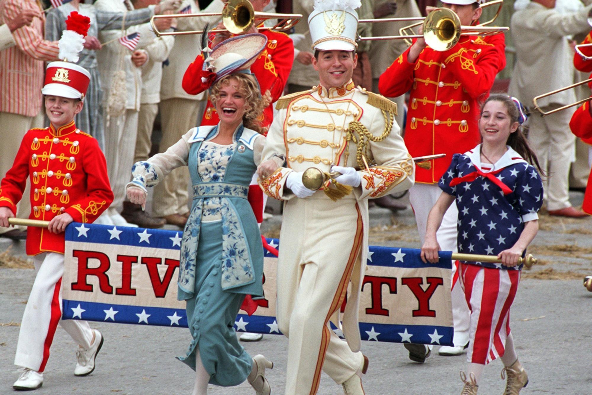 Kristin Chenoweth and Matthew Broderick lead  The Music Man.