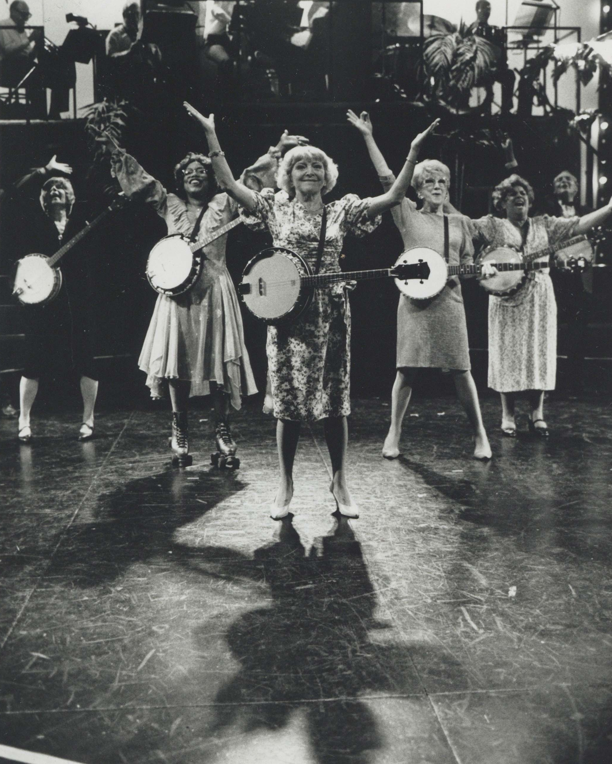 Dora Bryan (center) in  70, Girls, 70  in the West End