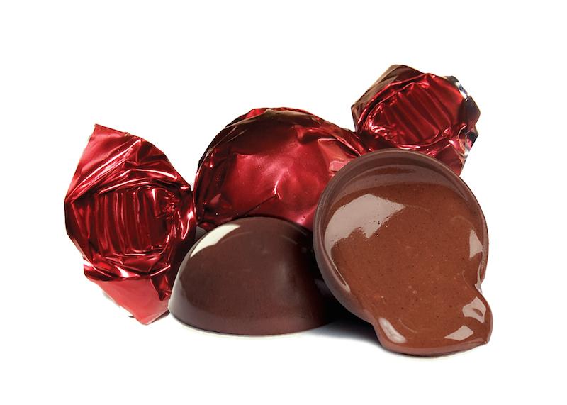 Dark chocolate with macadamia cream filling