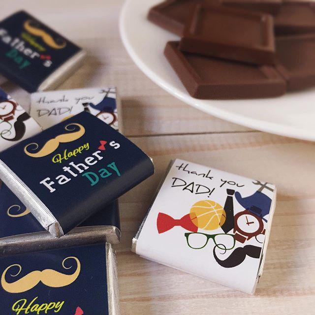 Celebrate Dad's month in a sweet and creative way and let them know how much they are loved and appreciated. 🍫🍫🍫 #fathersday #fathersdaygifts #fathersdaychocolates #chocolate #chocolates #italianchocolate #villadelconte #villadelcontechocolates #madeinitaly #darkchocolate #sweets #sweettreats