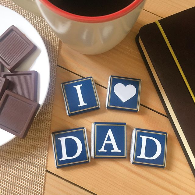 Happy Father's Day to all the amazing Dads out there! 😊🍫🍫🍫 #fathersday #fathersdaygifts #chocolate #italianchocolate #madeinitaly #villadelconte #villadelcontechocolates #sweets #sweettreats