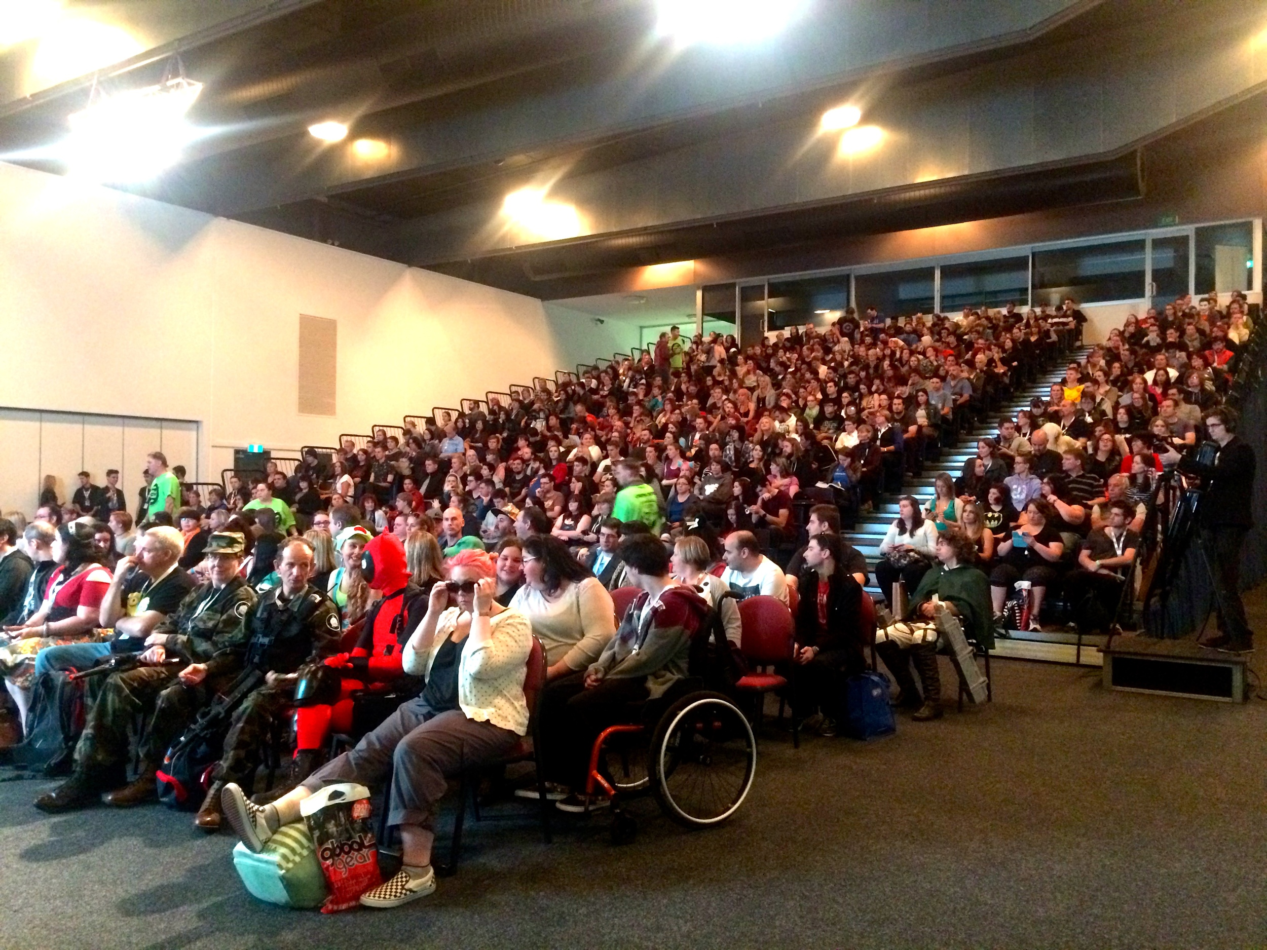 Full-houseSunday turn out in Stage 2for Game of Thrones panel.