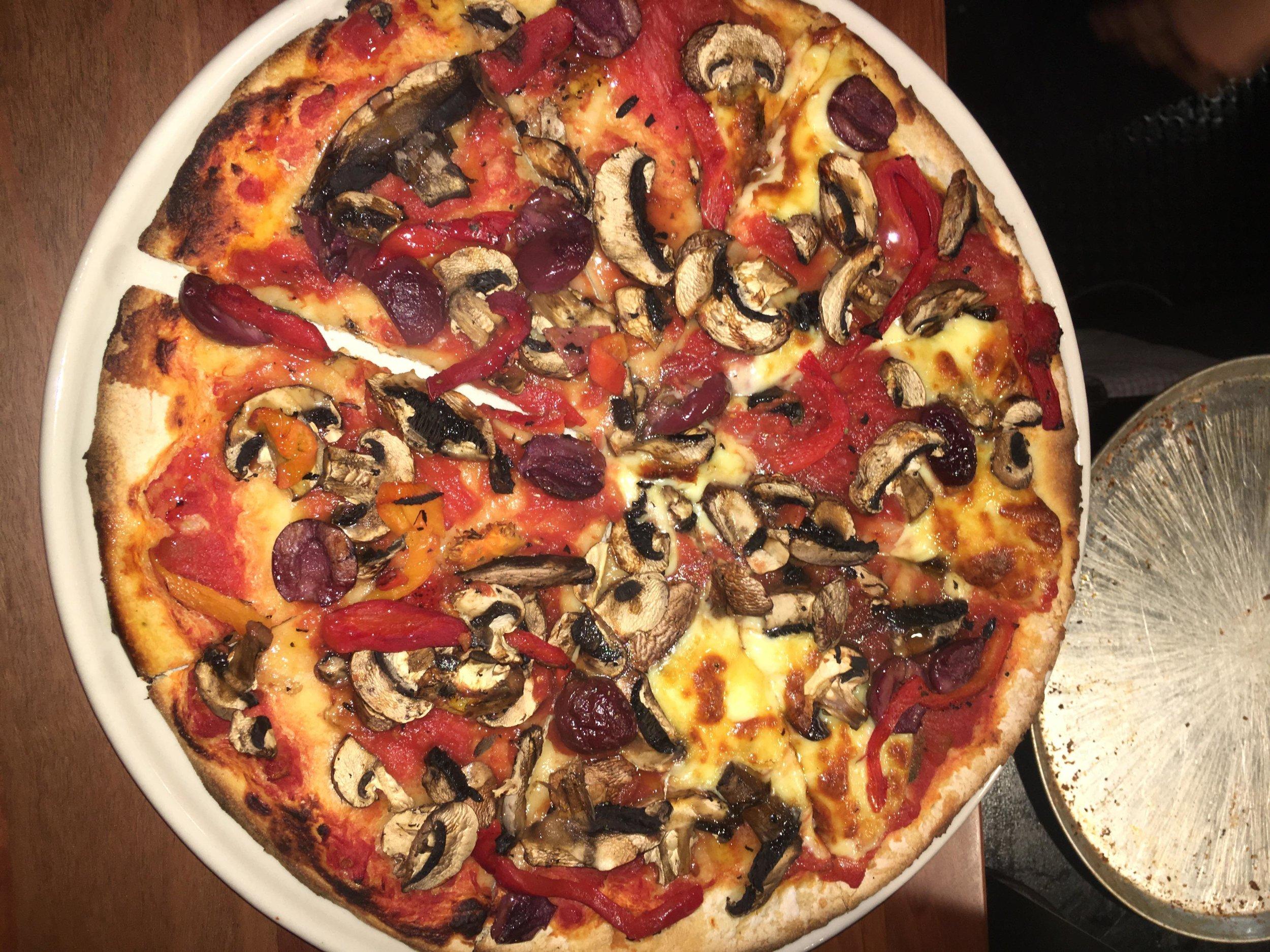 pan and vine pizza.JPG