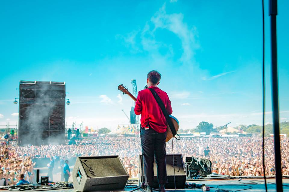 Pictured: Lead singer Conor Mason at Reading Festival 2016 | Image via Nothing But Thieves Facebook Page