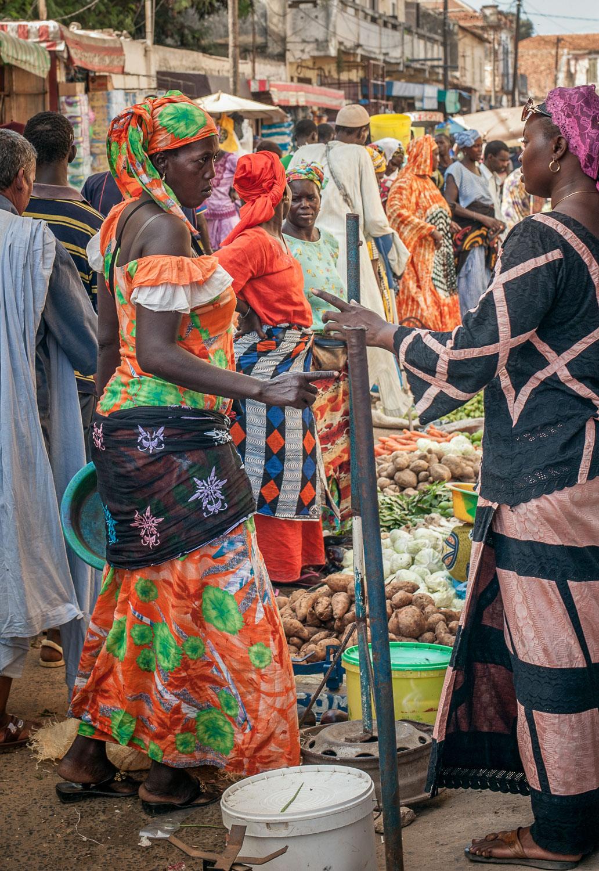 marketplace-women (1 of 1).jpg