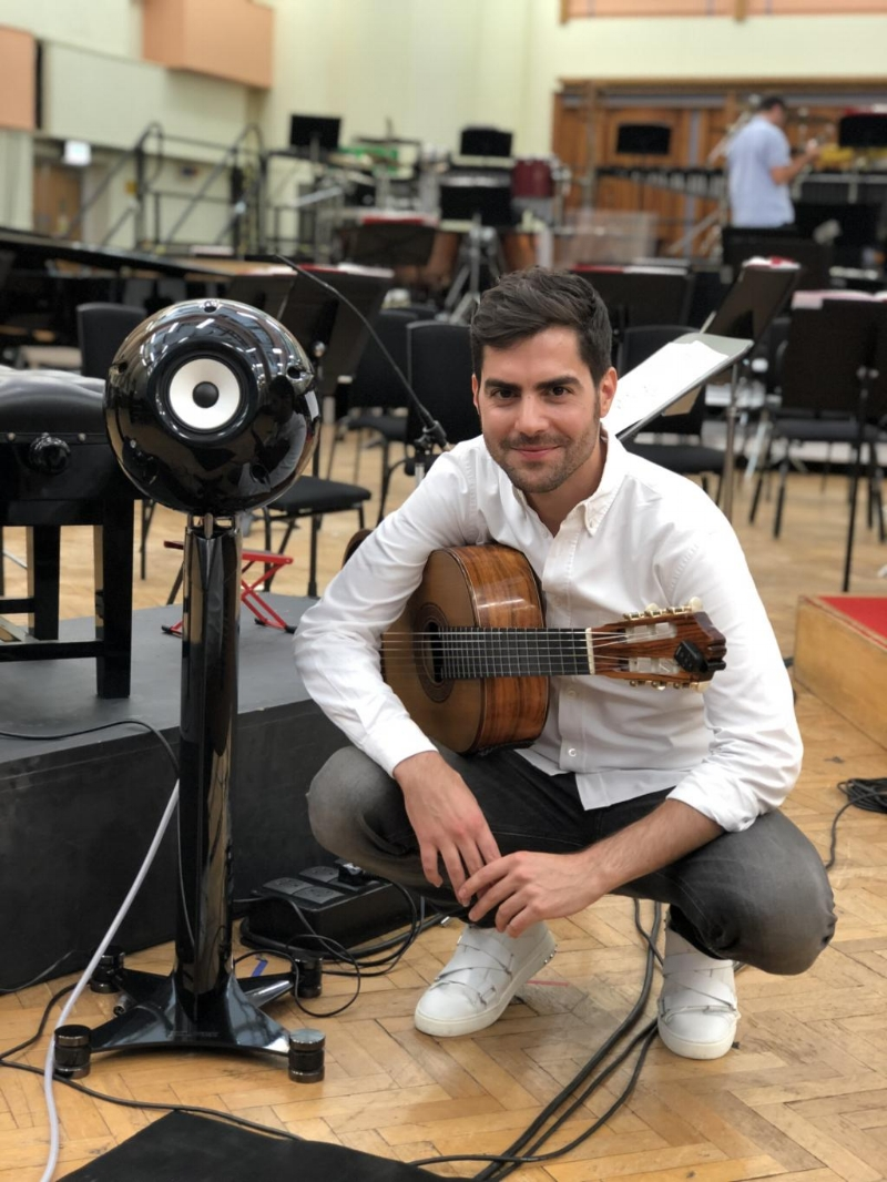 Performing at the BBC Proms 2018 - Guitarist Miloš Karadaglić chooses ECLIPSE for BBC Proms world premiere