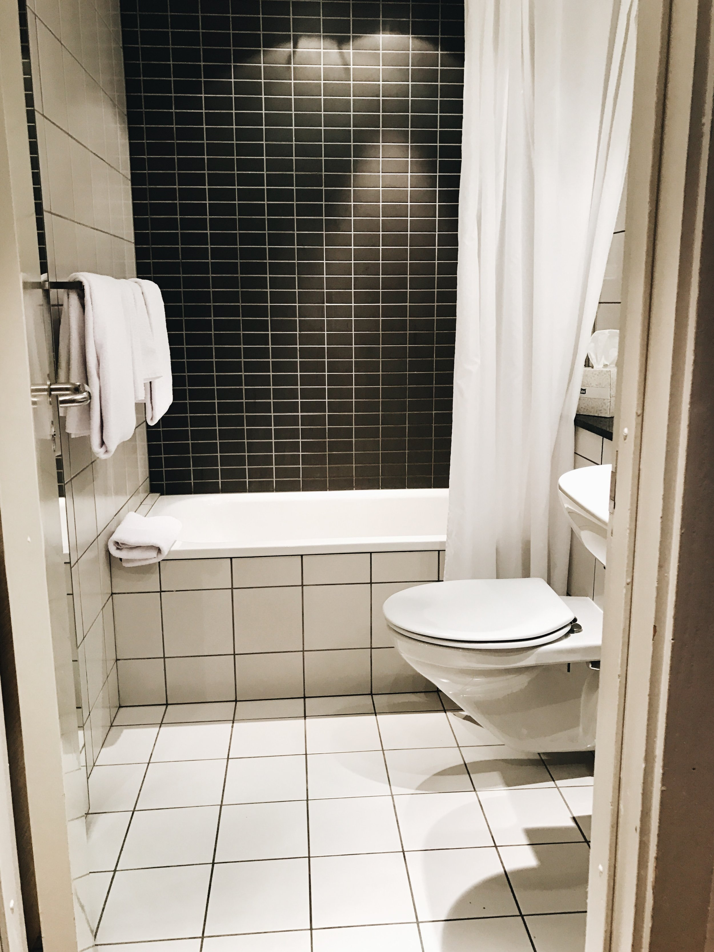 rockyorizos-hotelreykjavik4