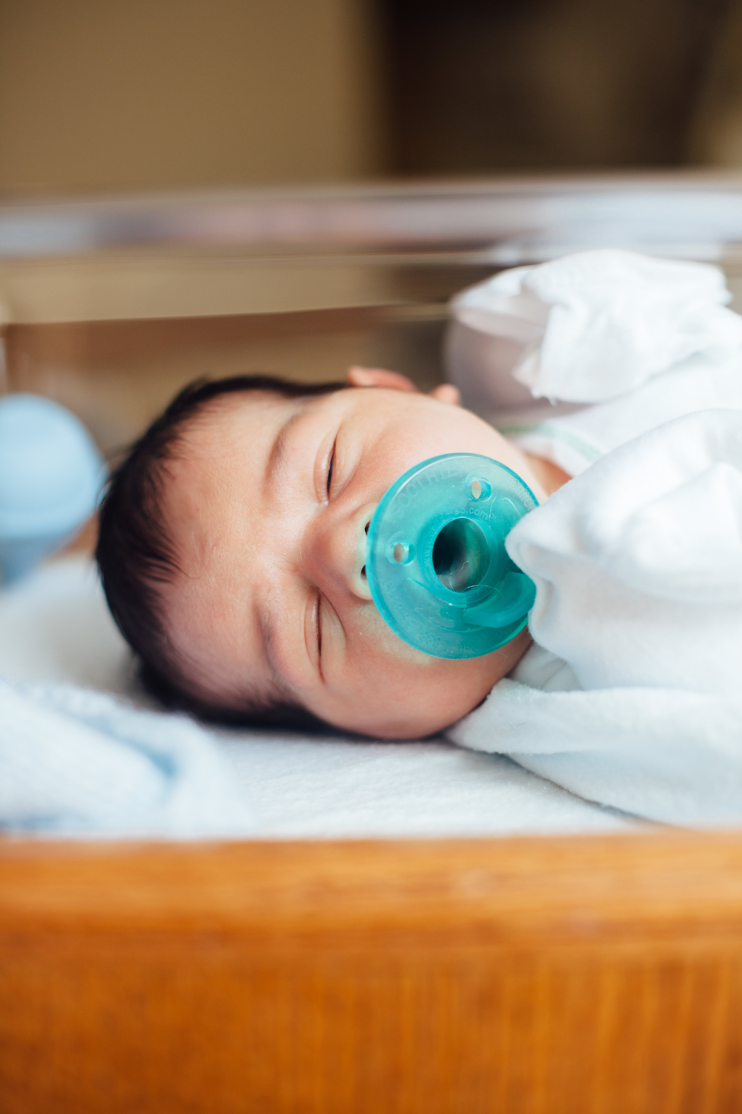 Andrew newborn hospital-4694.jpg