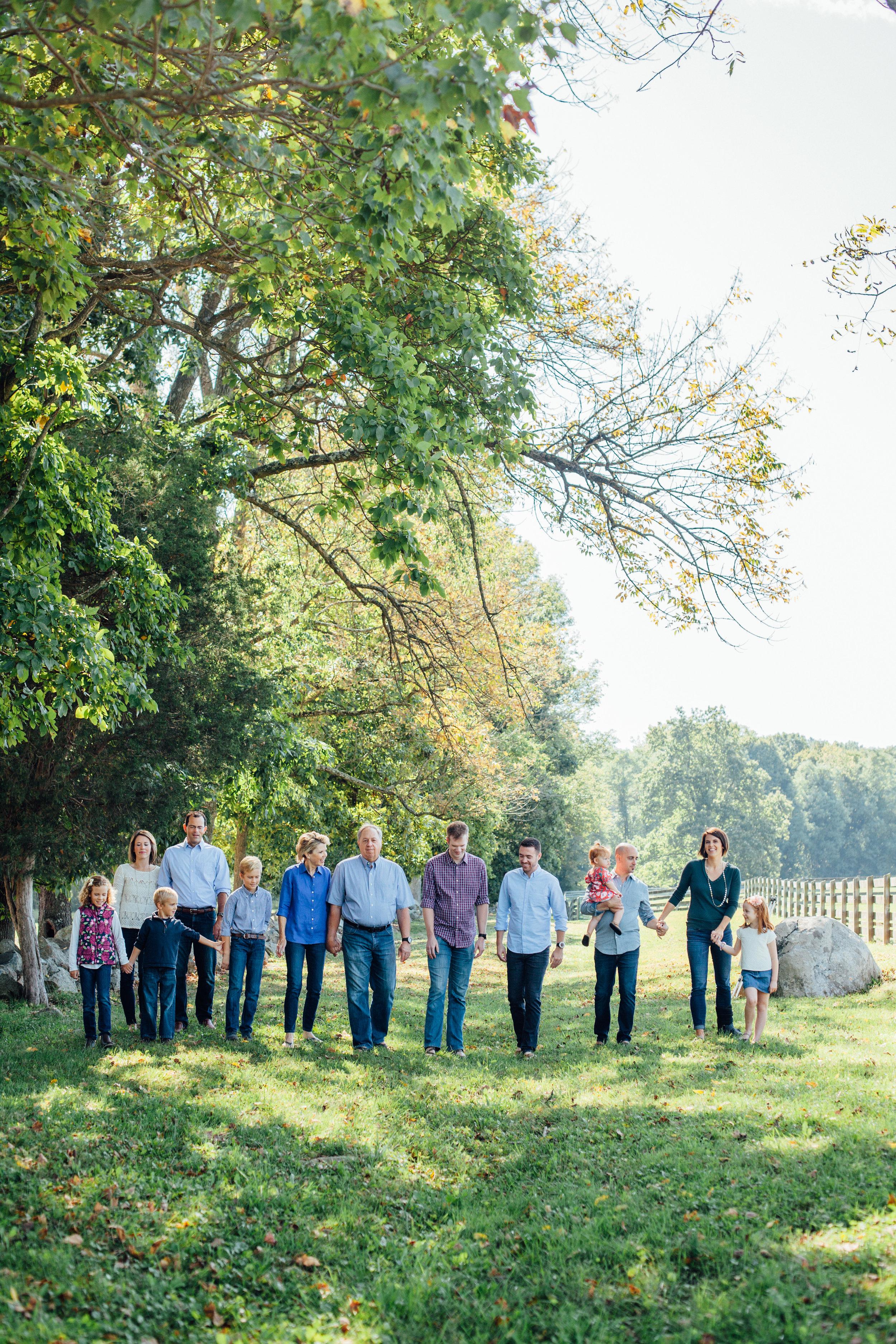 Nace Extended Family 17-6473.jpg