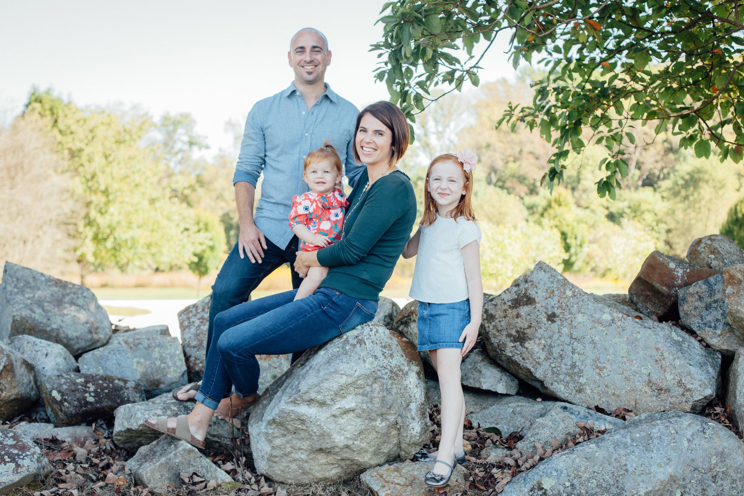 Nace Extended Family 17-6518.jpg