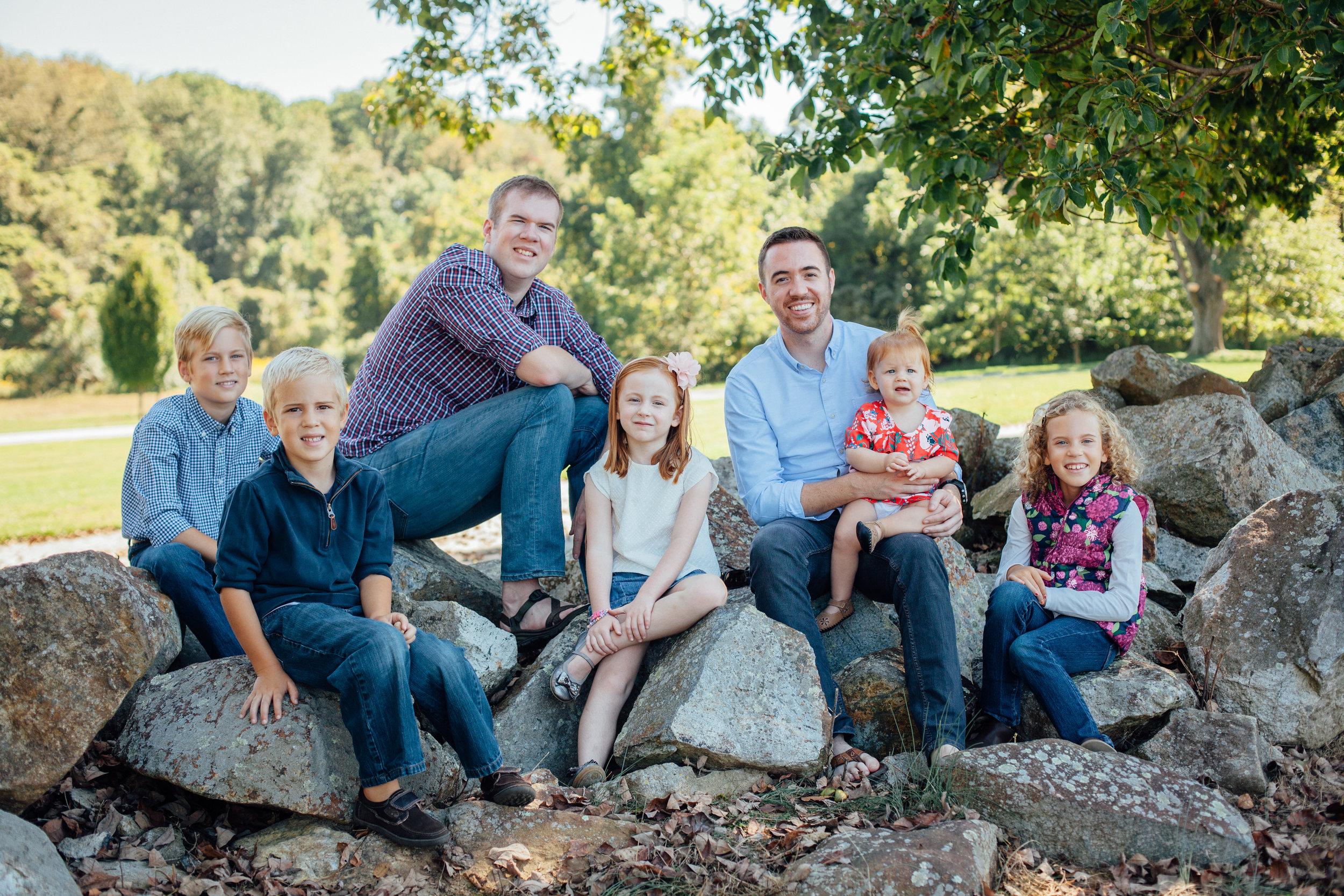 Nace Extended Family 17-6592.jpg
