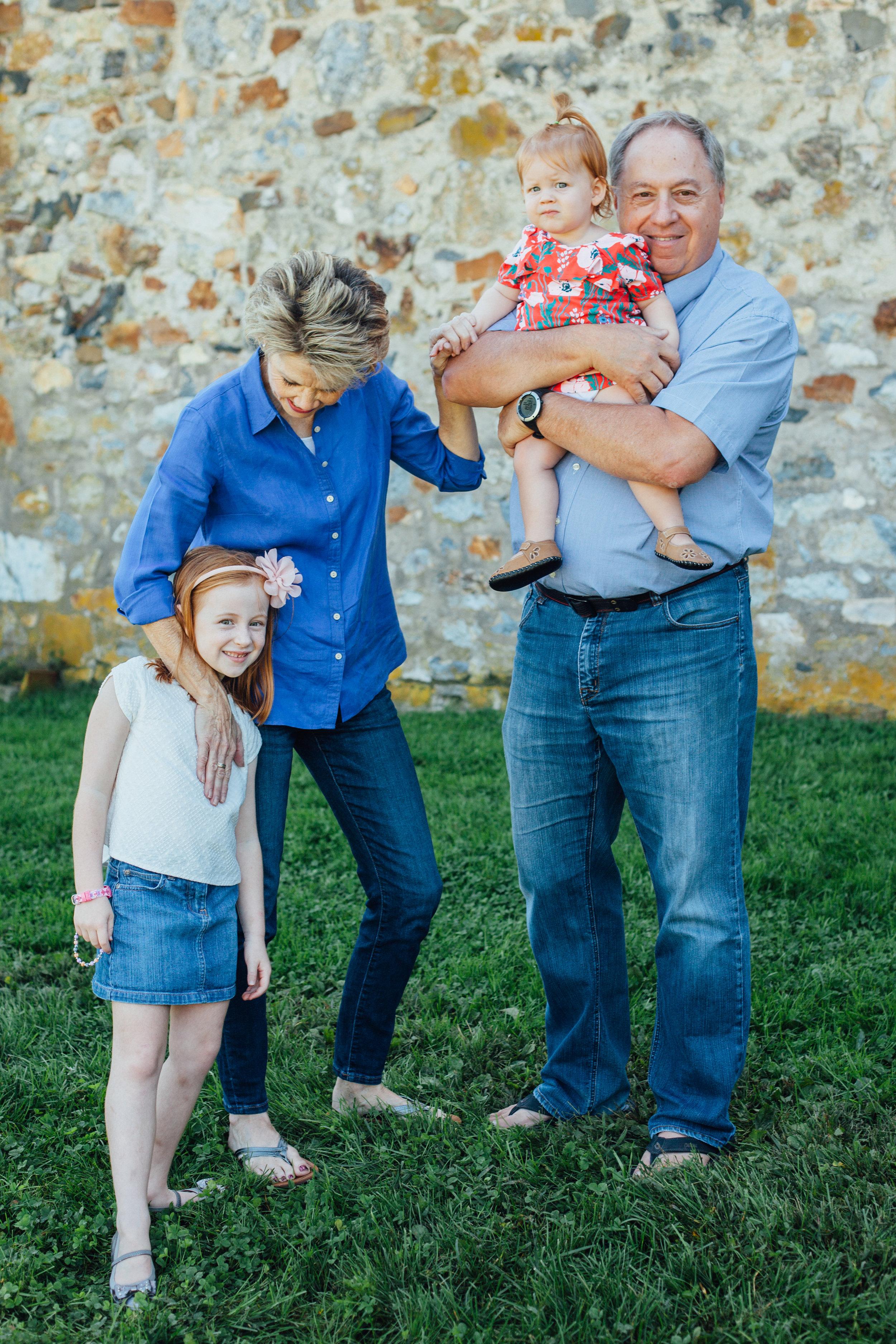 Nace Extended Family 17-6654.jpg
