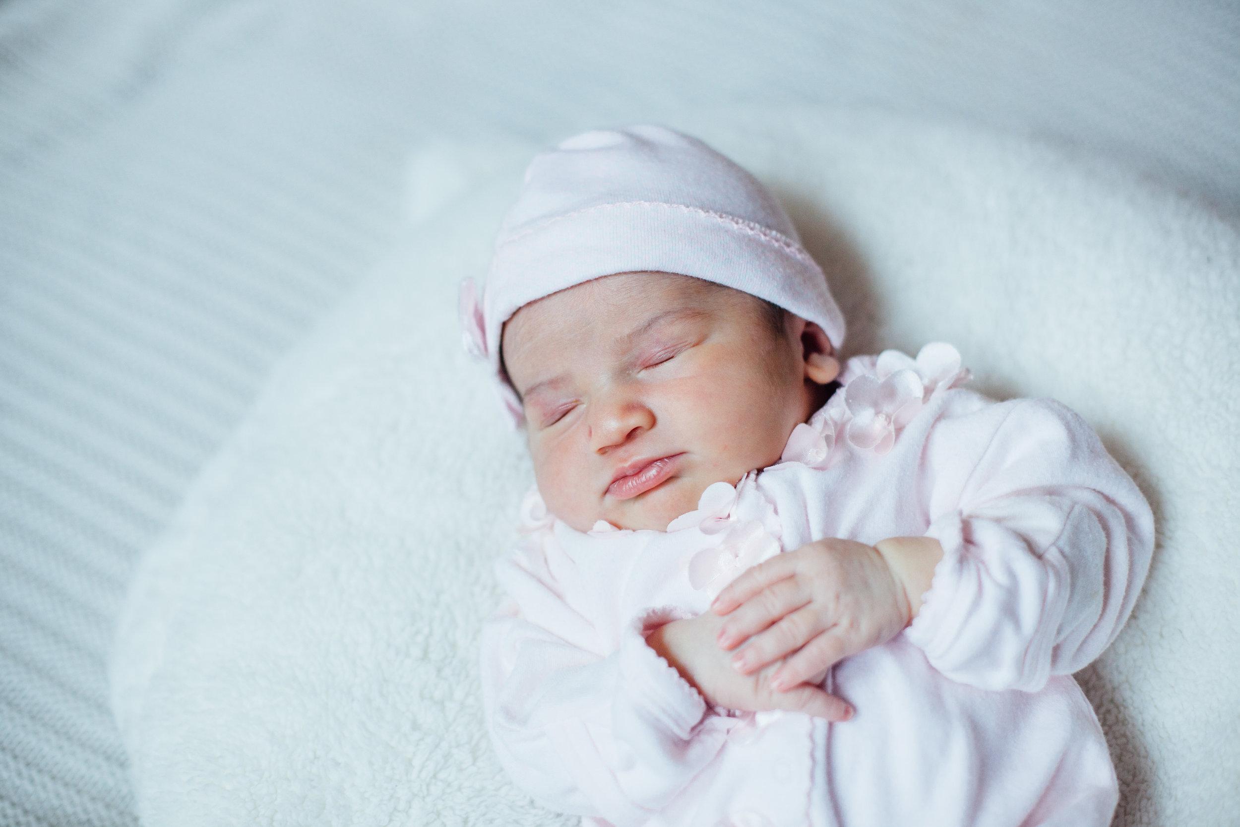 Grace Newborn-8778.jpg