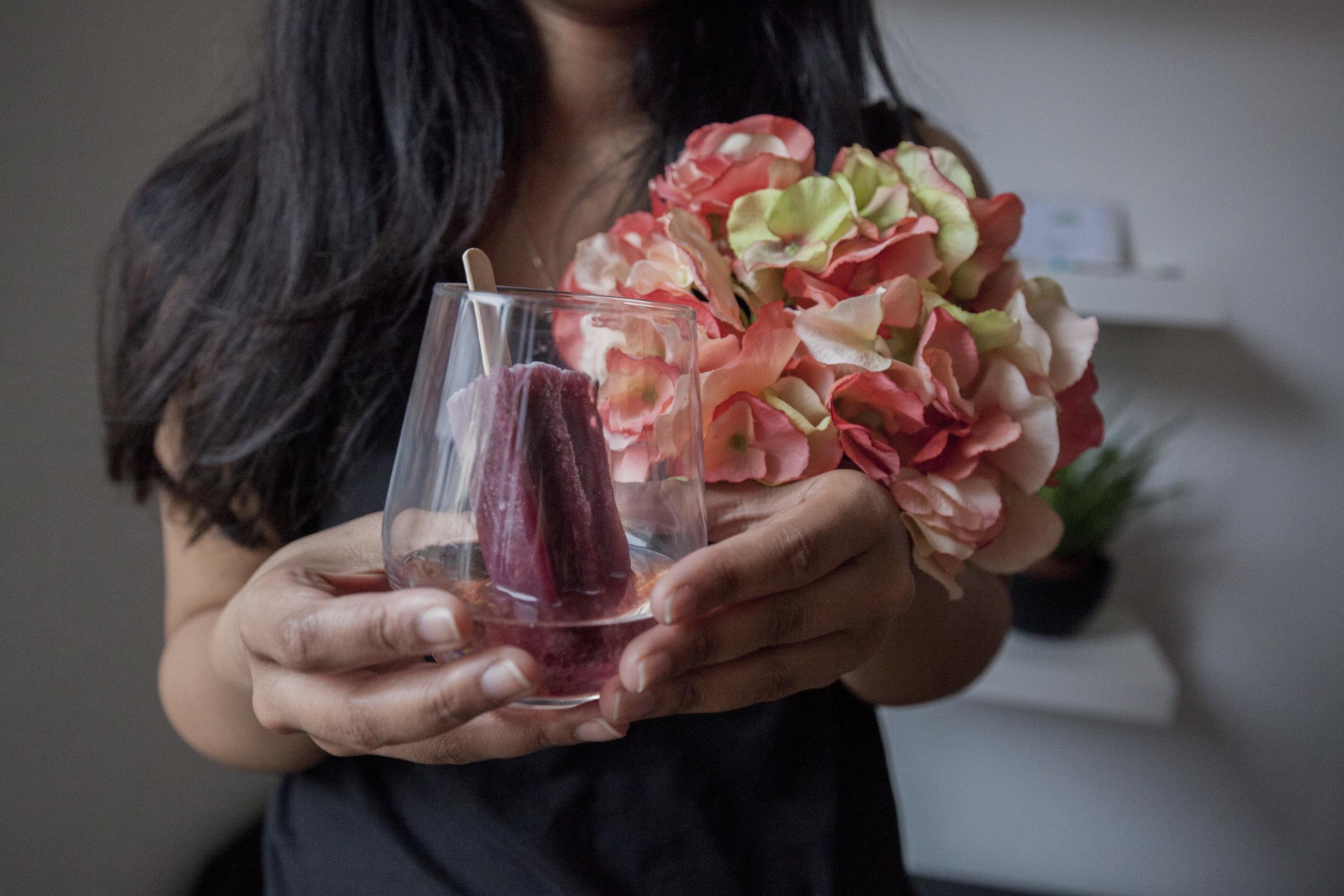 Hochzeiten - Ob Hochzeit im Freien oder in einer Halle, wenn ihr Lust auf einen leichten sommerlichen Flair in Form von Eis am Stiel habt, seid ihr bei uns genau richtig. Wir verleihen eurer Hochzeit das Gewisse etwas und richten uns selbstverständlich nach euren Wünschen.