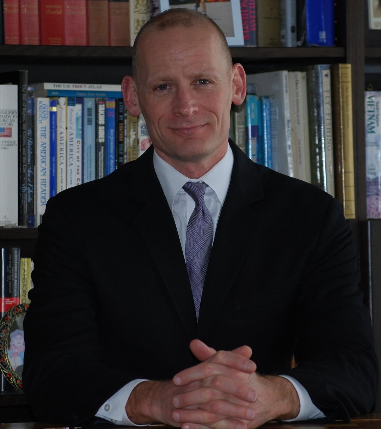 Daniel Quinn Bio Pic