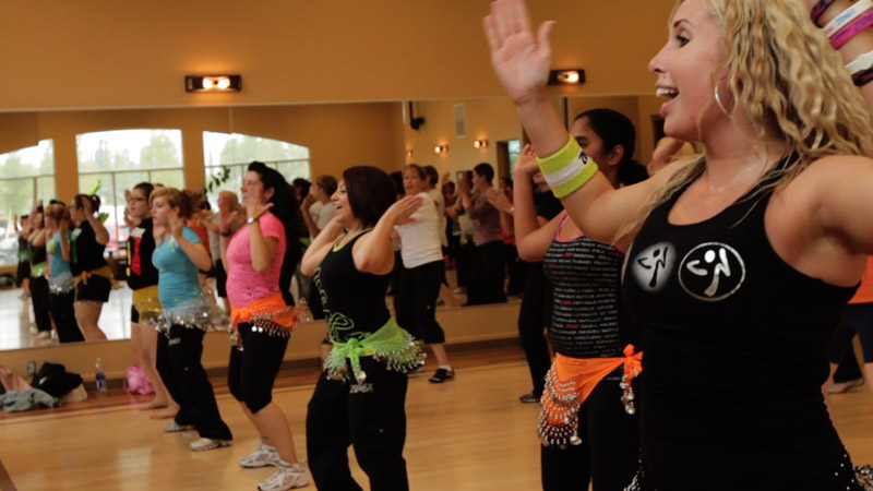 zumba-classes-with-phoebe-flanagan-at-40-below-fitness-fairbanks-alaska-08.jpg