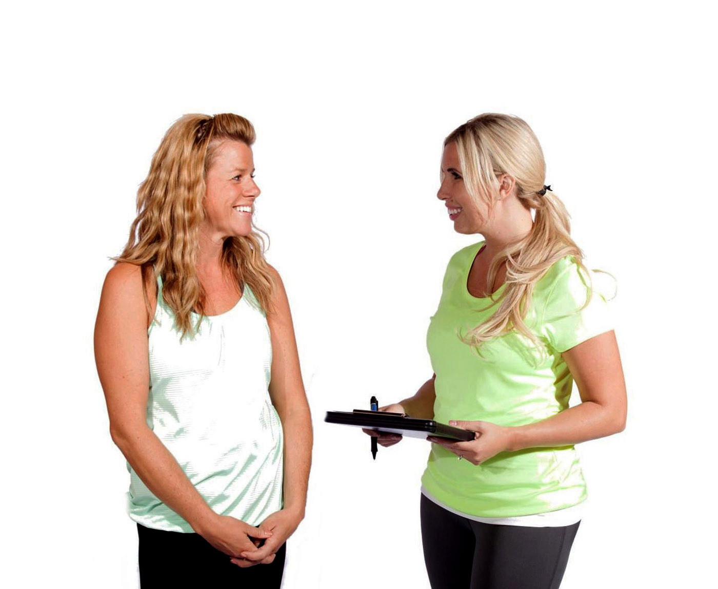 phoebe-flanagan-fitness-trainer-with-female-client-holding-clipboard-fairbanks-alaska-web.jpg